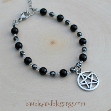 Pentagram Bracelet with Black Agate & Hemalyke